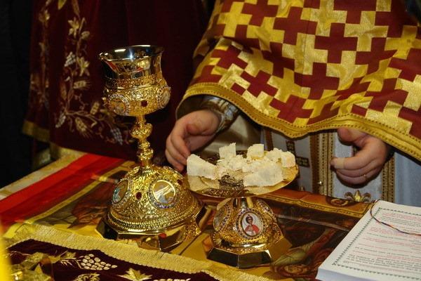 Sf. Liturghie în Duminica Sf. Ap. Toma