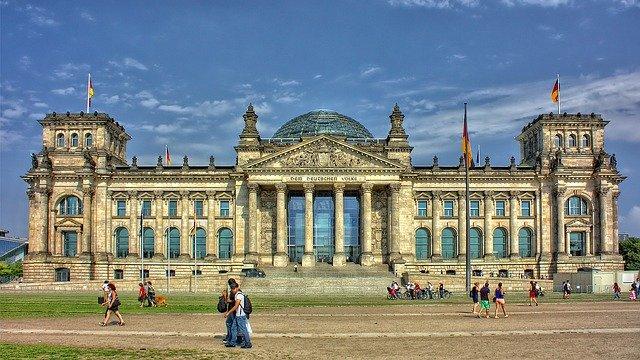 Germania la cârma UE: președinție marcată de coronavirus
