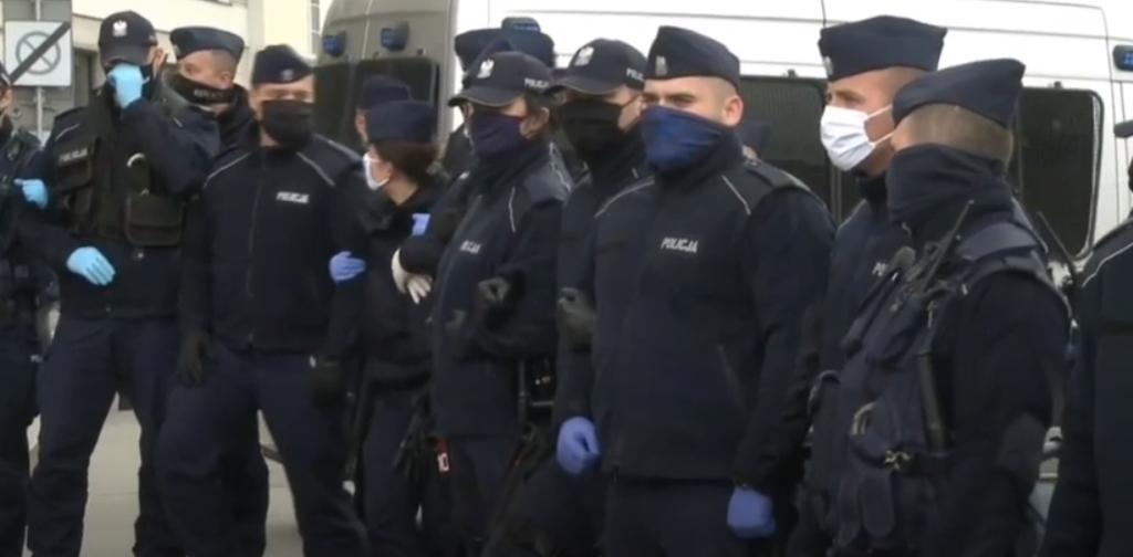 În Europa proteste împotriva restricțiilor