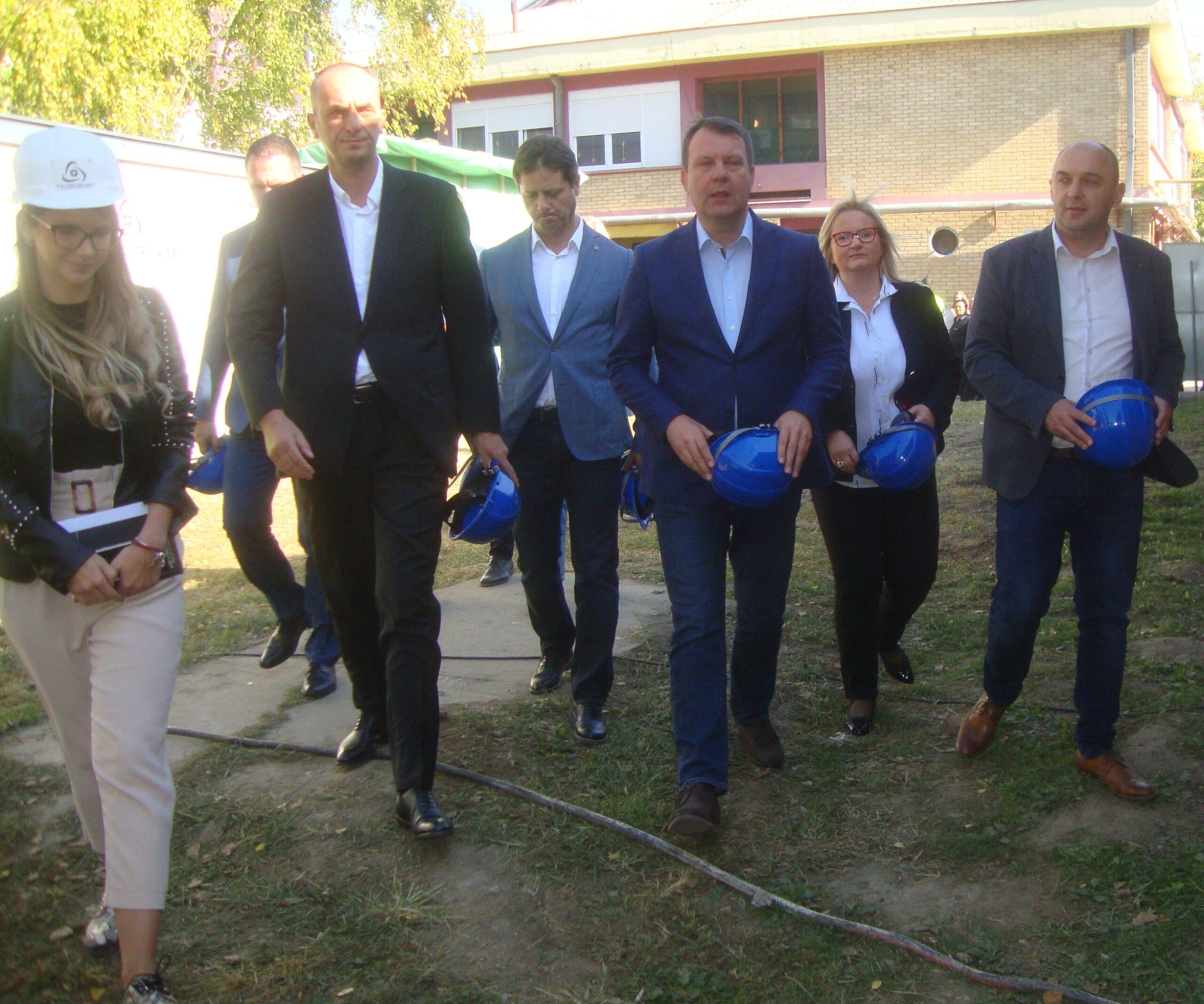 Președintele Guvernului provincial Igor Mirović a vizitat Comuna Alibunar
