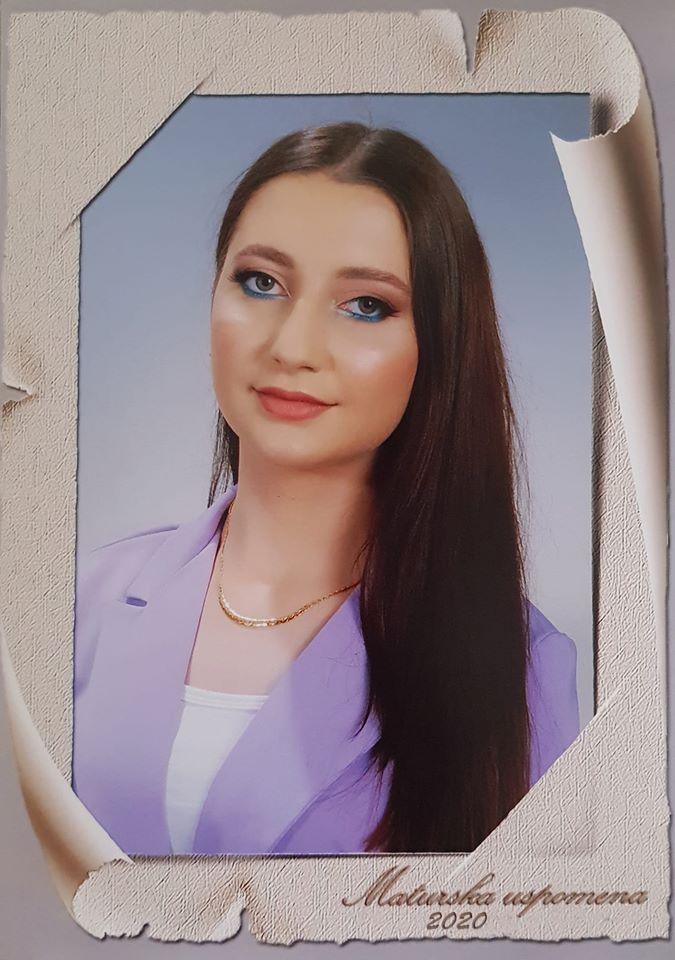 """MIRELA COTÂRLĂ – ȘEFĂ DE PROMOȚIE LA DESPĂRȚĂMÂNTUL ÎN LIMBA ROMÂNĂ AL LICEULUI """"BORISLAV PETROV-BRACA"""" DIN VÂRȘEȚ"""
