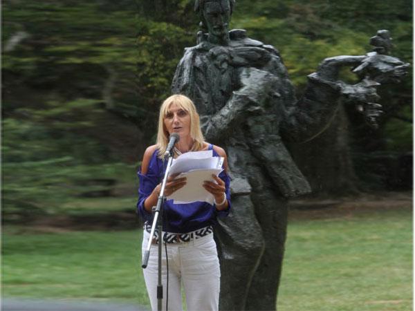 """Poeta zrenianineană Dragica Stojanović, laureată a Cartei """"Bešenovska"""""""