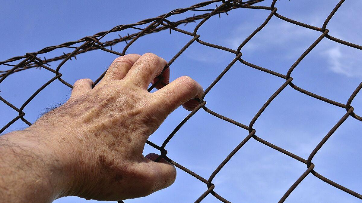Belgradul a uitat de jurămintele că nu va ridica garduri