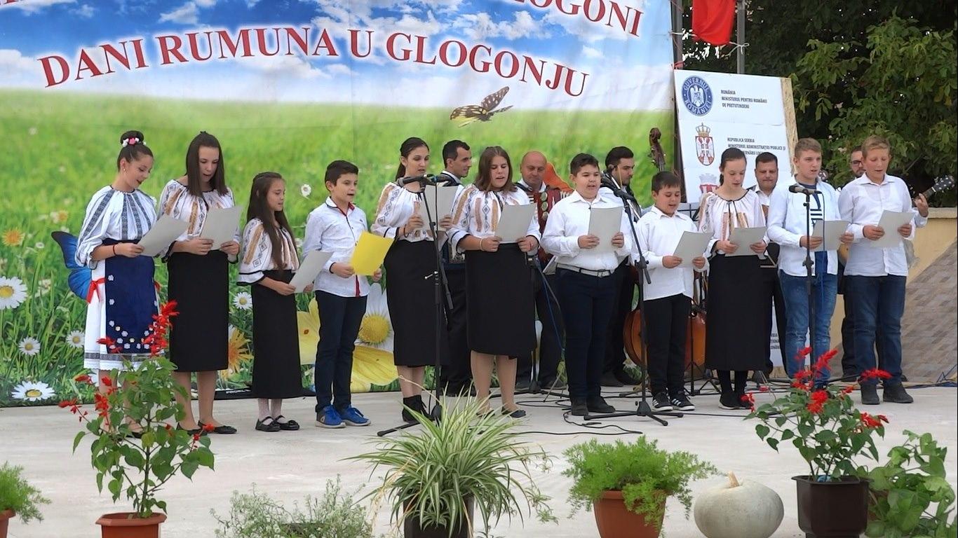 LA GLOGONI: Cursuri de limba română online