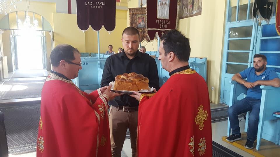 NAŞTEREA NĂSCĂTOAREI DE DUMNEZEU: Hramul Bisericii Ortodoxe Române din Toracul Mic