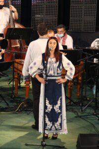 Andreea Evi, Ovcea (voce)