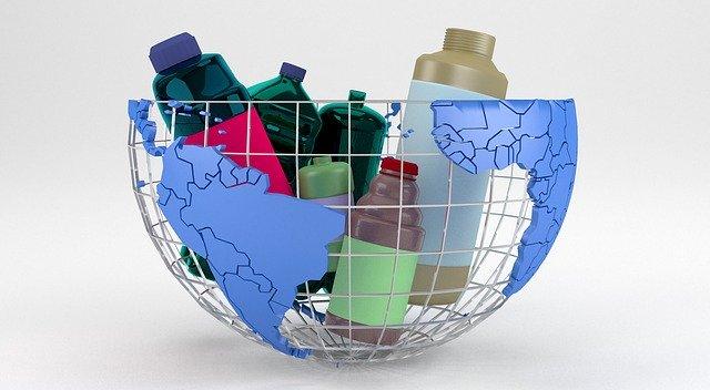 Cum ne afectează plasticul