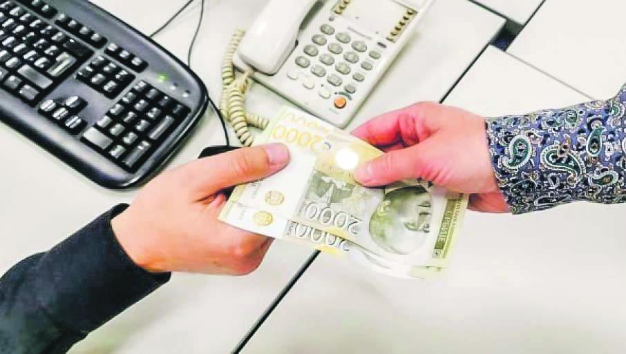 Au început tratativele oficiale despre salariul minim