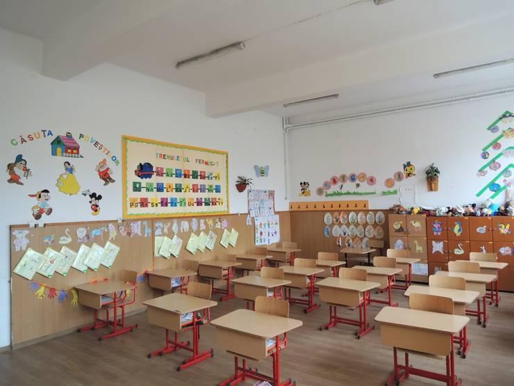 Știri: SÂN-MIHAI: Urări de bine adresate elevilor