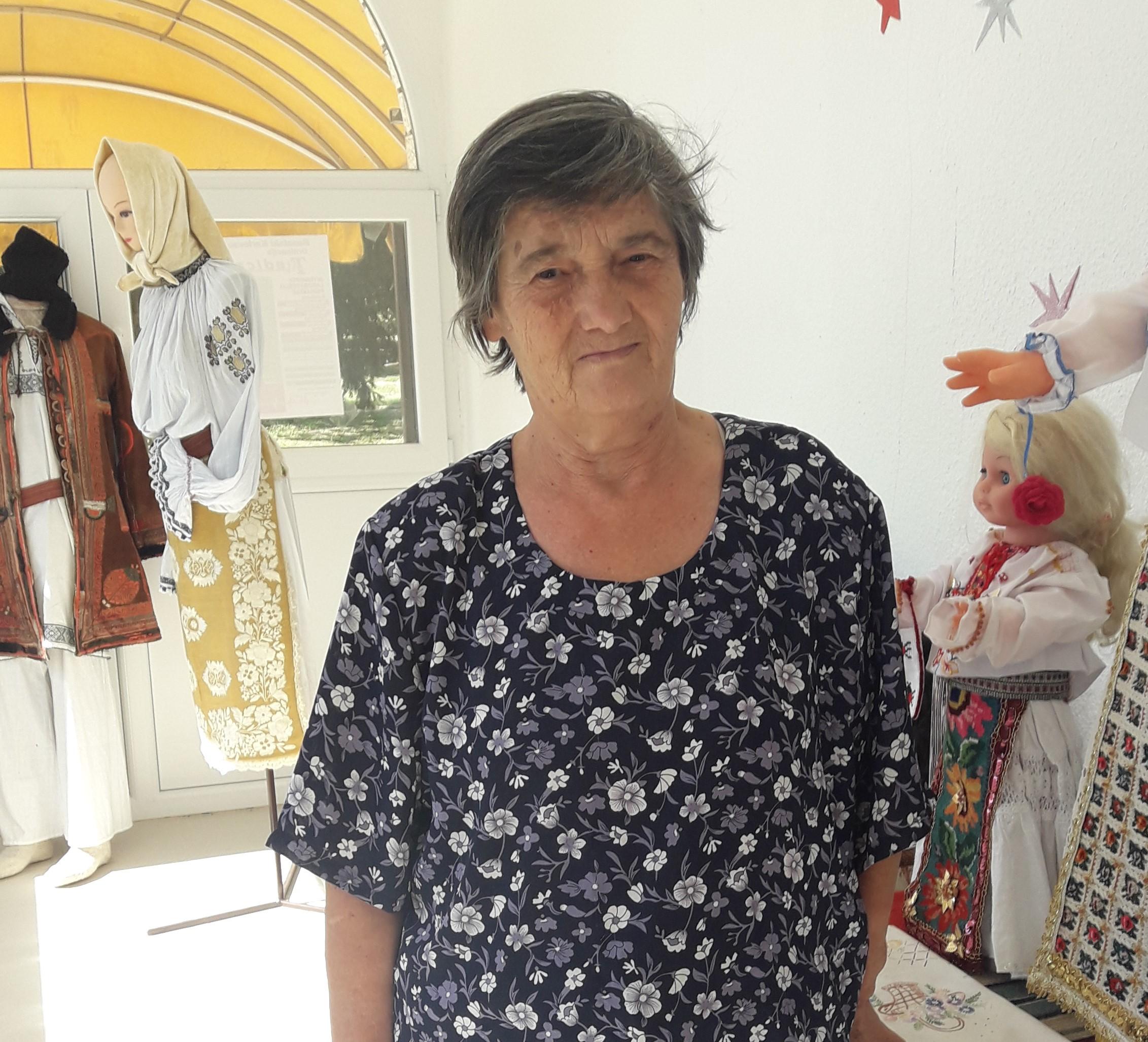 "MARIA RUJAN, PREȘEDINTA ASOCIAȚIEI FEMEILOR ,,ETNO-ART BRAKOS"" DIN ALIBUNAR"