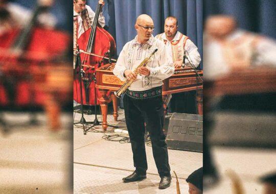 Sorin Jivcu din Petrovasâla- Muzica, dansul, tradiția și obiceiurile românești sunt în sufletul meu