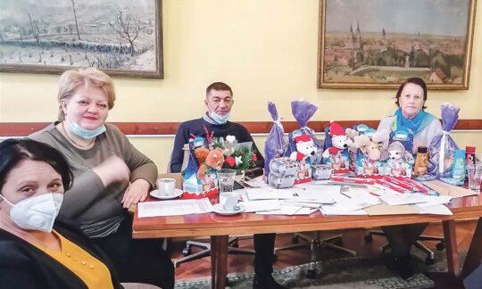 """S-a încheiat concursul """"Scrisoare Către Moș Crăciun"""", organizat de C.P.E. """"Libertatea"""" și Consiliul Național Al Minorității Naționale Române"""