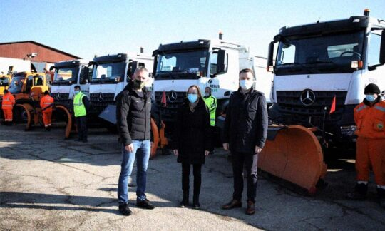 Au fost prezentate utilajele pentru întreținerea drumurilor
