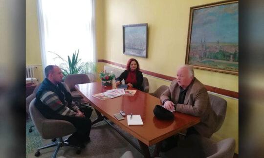 """Emil Holcer, președintele Consiliului de Presă, în vizită la """"Libertatea"""""""