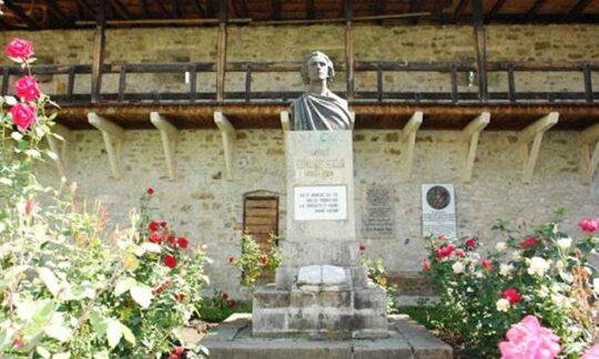 Mihai Eminescu în viziunea Bisericii (II)