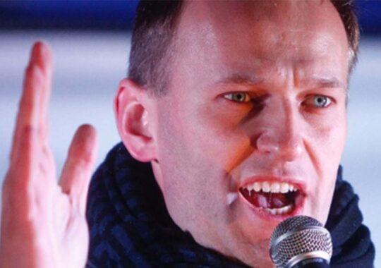 Navalnîi a fost arestat la sosirea pe aeroportul din Moscova