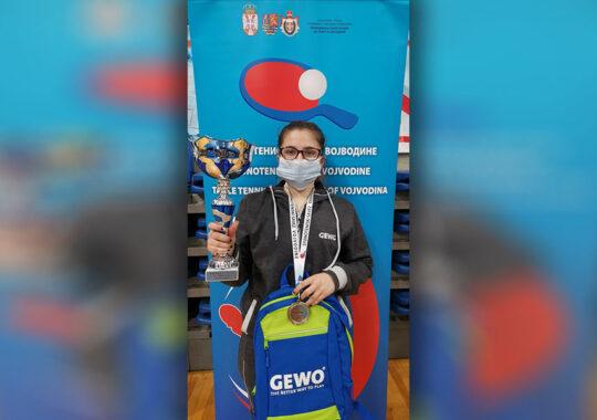 """Tamara Turcoane de la """"Rapid"""" a cucerit trofeul la categoria junioarelor"""
