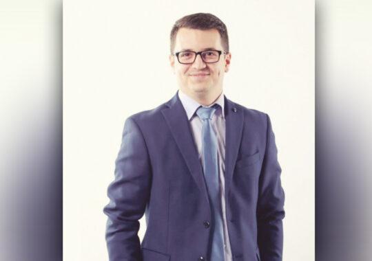"Nicola Toager, redactor şi prezentator al emisiunii informative ""Panorama Panciovei"""