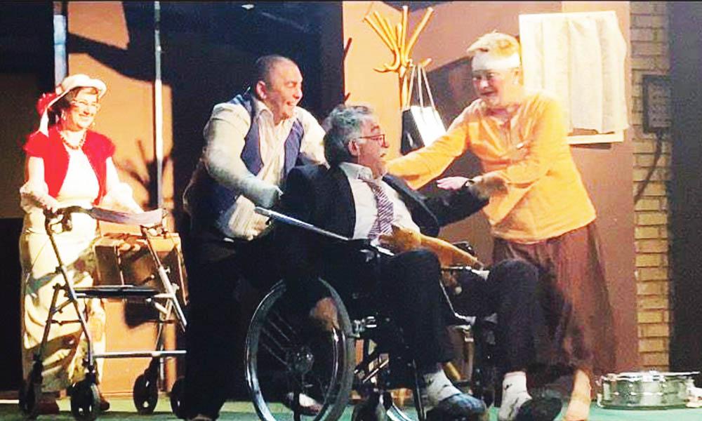 """Trupa de teatru ,,Todor Crețu Toșa"""" din Uzdin  a cucerit inimile publicului"""