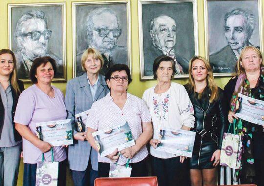 "Premierea participantelor la concursul ,,Doamnele pasionate de gastronomie"""