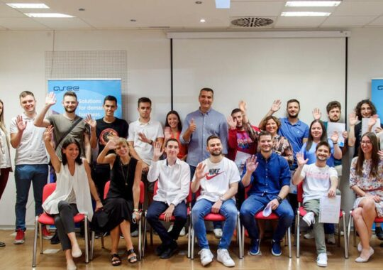 Oportunitate pentru tineri de a rămâne și de a munci în Serbia